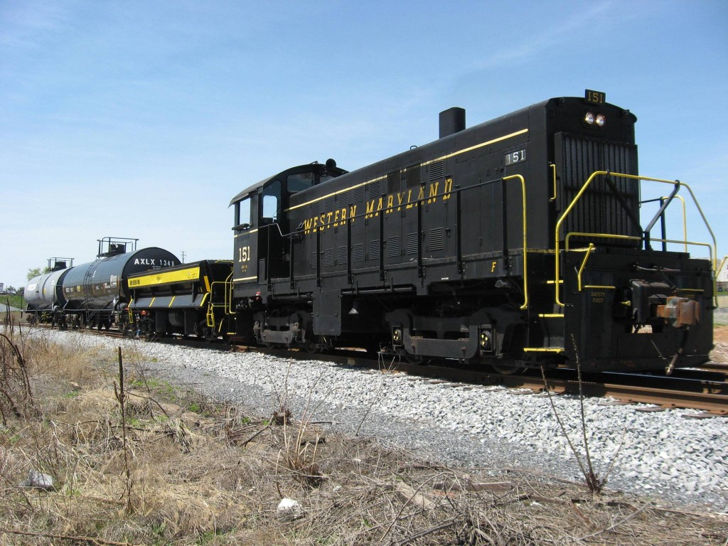 Alco pulling freight